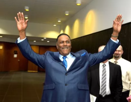71 year old man?cleared of murder case after spending 45 years in prison