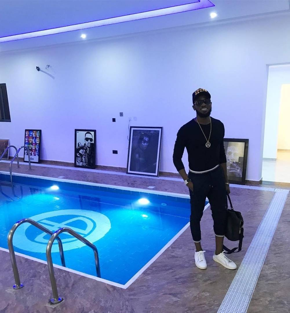 DBanj has his signature logo engraved in his new Ikoyi mansion indoor pool (photo)