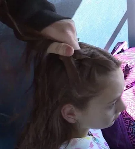 Bus driver braids girl?s hair every day after finding out her mum died