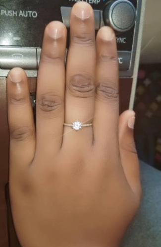 Nigerian man proposes to his girlfriend with a cheque for 2 million Naira ...lol