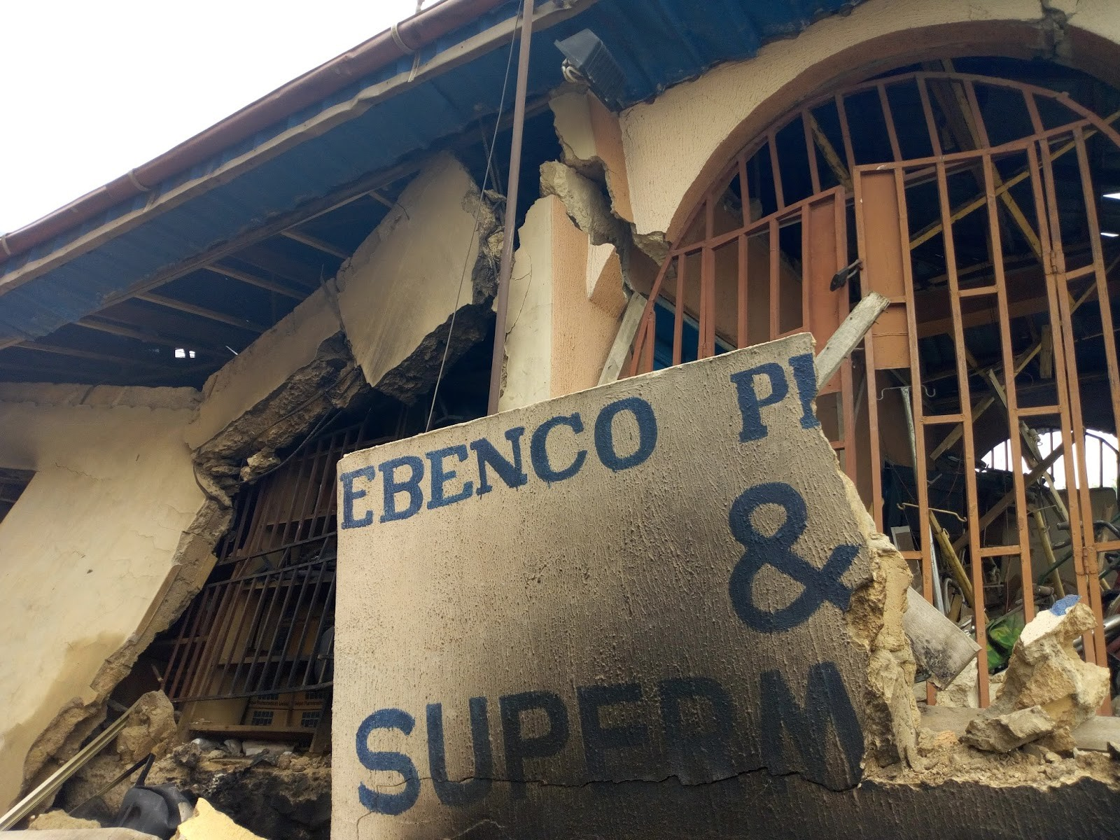 One feared dead as explosion destroys storey building in Ife (photos)