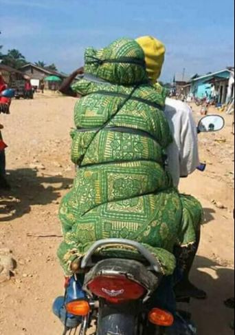 Wait, what? Is this really how corpses are transported to and from the mortuary in Congo? (photos)