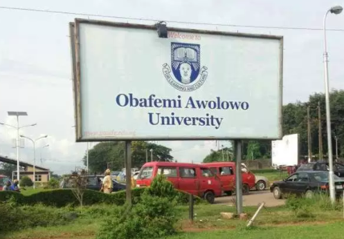 Audio: Leaked phone conversation between a female student of OAU and her professor who wants to have sex with her 5 times before she can pass his course