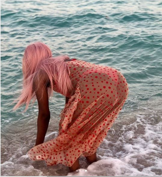 Sophia Momodu shows off her bikini body in Maimi beach?