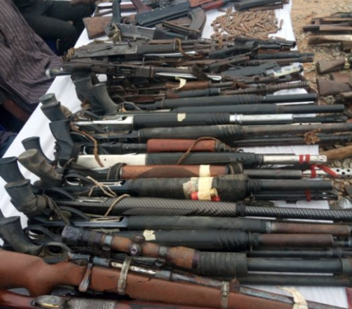 Imo State Police recovers 168 guns and?2,323 ammunition from criminals (photo)