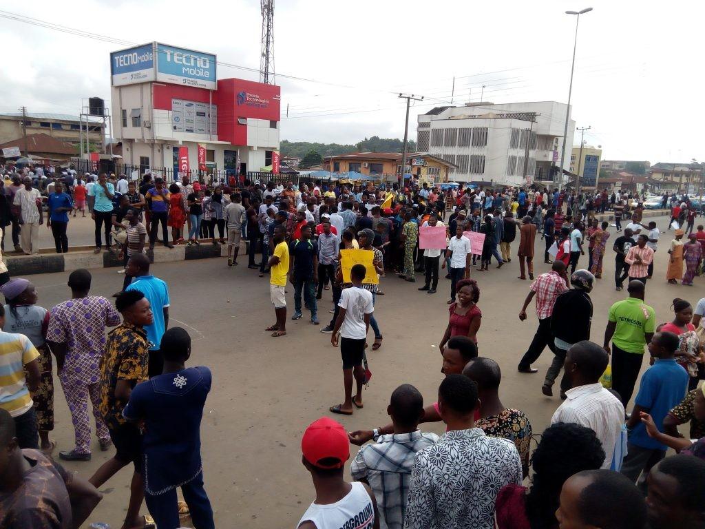 Students of Adekunle Ajasin University, Ondo state protest hike in school fees from 25K to 180K