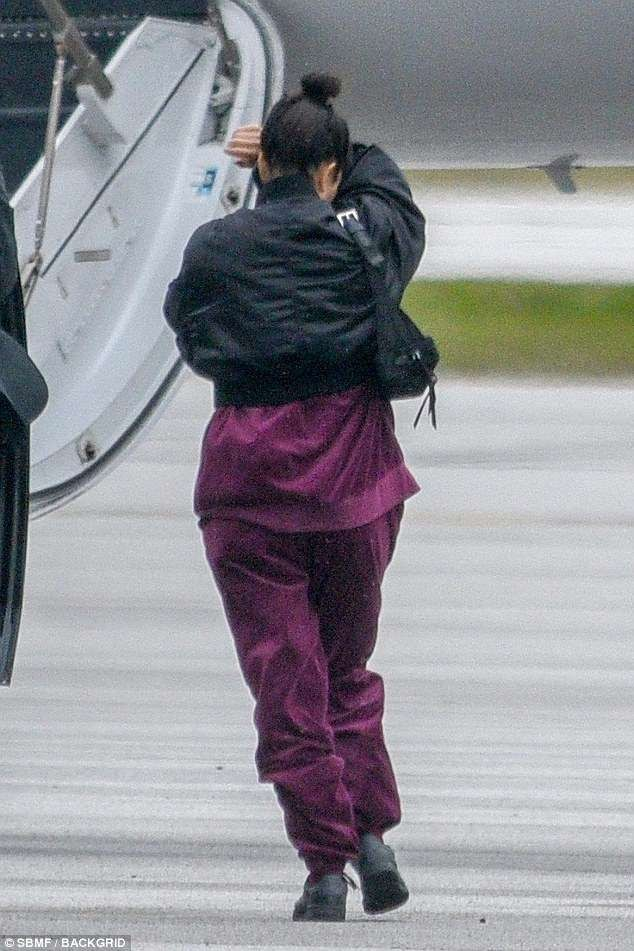 Kim, Kourtney and Kendall jet out of Cleveland after visiting new mom Khloe Kardashian and baby True (Photos)