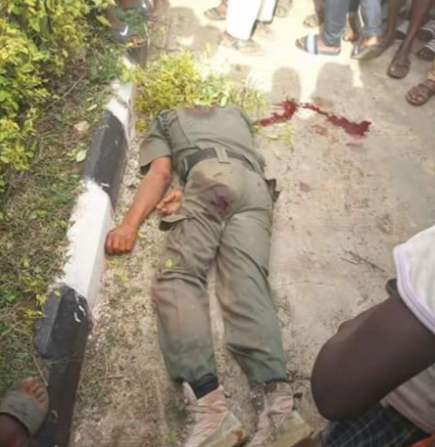 Days after Offa robbery, two?policemen killed?as robbers attack First Bank in Ekiti State (Graphic photos)