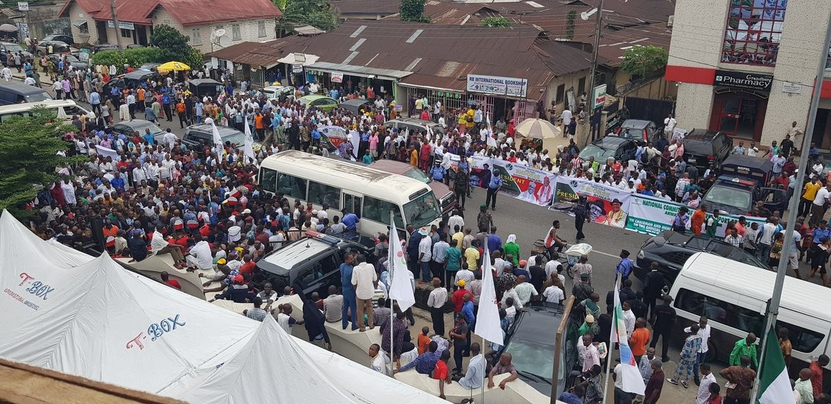Photos: Youths in Akwa Ibom state march in support of President Buhari