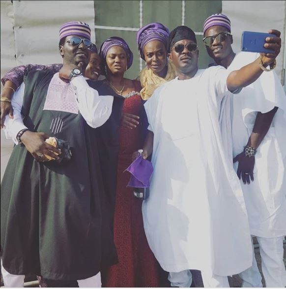 Sound Sultan, his brothers and their wives pose in new photo