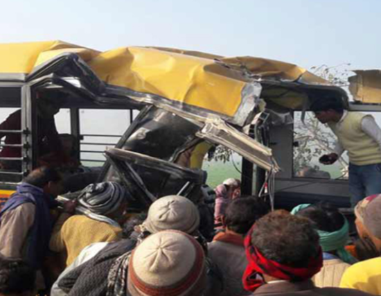 13 children and driver die as?bus collides with train in India