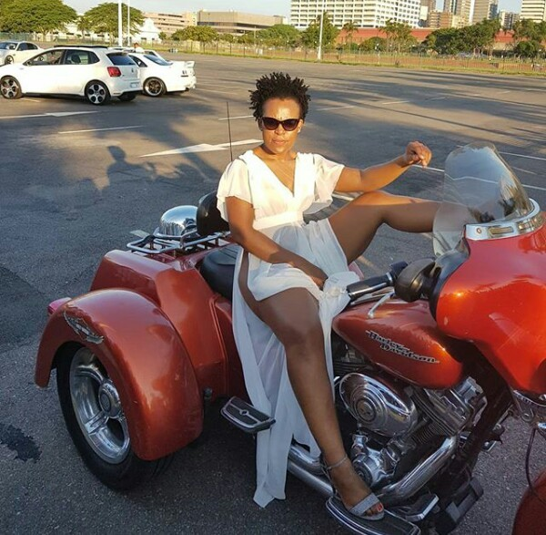 South African dancer, Zodwa Wabantu steps out in extreme high slit dress and no pant