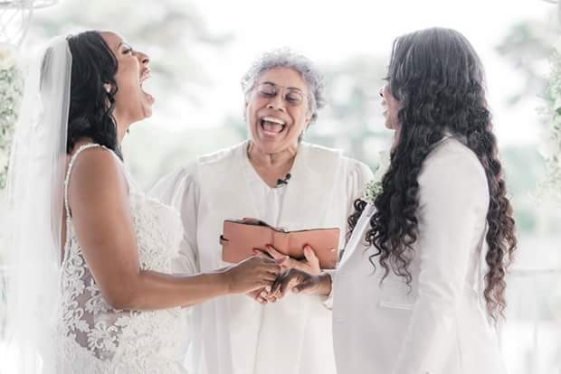 Photos: Lesbian couple weds