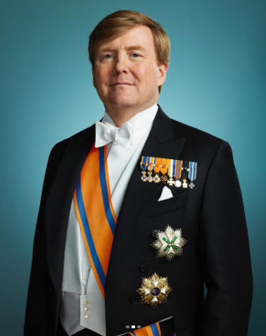 The Dutch royal family release incredibly regal photos to mark 5th anniversary of the king