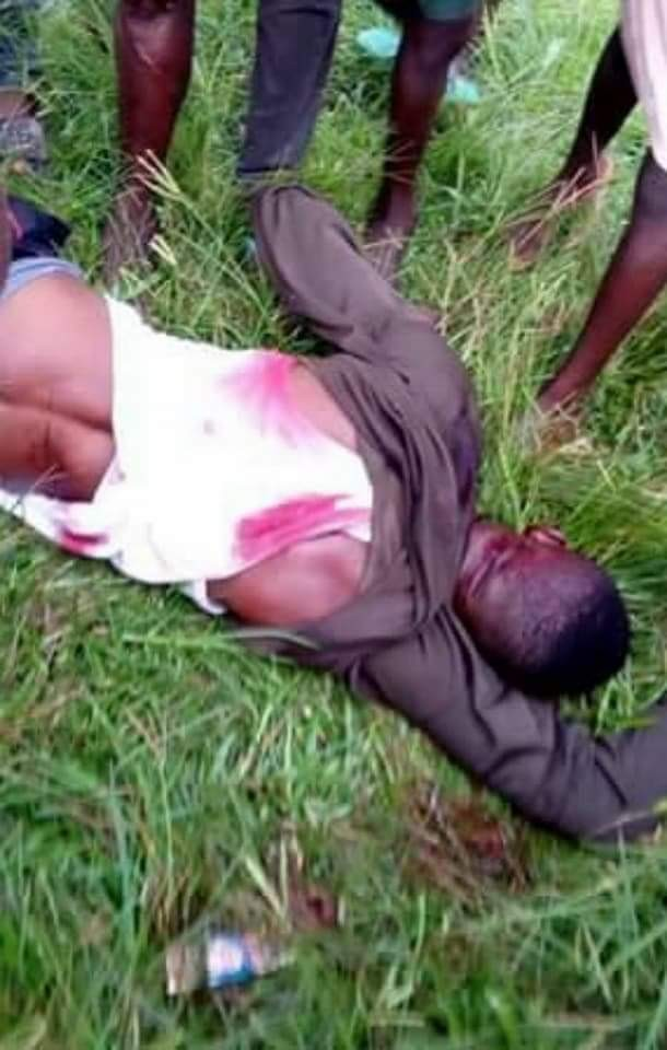 Member of armed phone-snatching gang shot dead in Edo (photos)