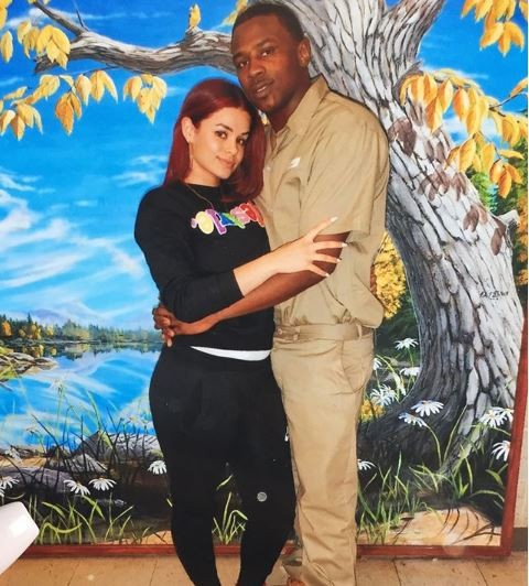 Loyal woman goes viral after sharing loved-up photo with her jailed lover in his prison uniform?