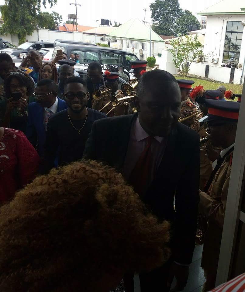 Photos: Imo state governor, Rochas Okorocha hosts Miracle, Nina, Teddy A and Bam Bam
