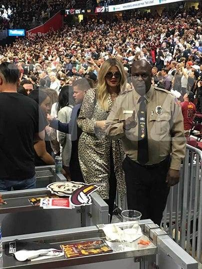 Khloe Kardashian goes public in her support for baby daddy Tristan Thompson ...attends his basketball game (photo)