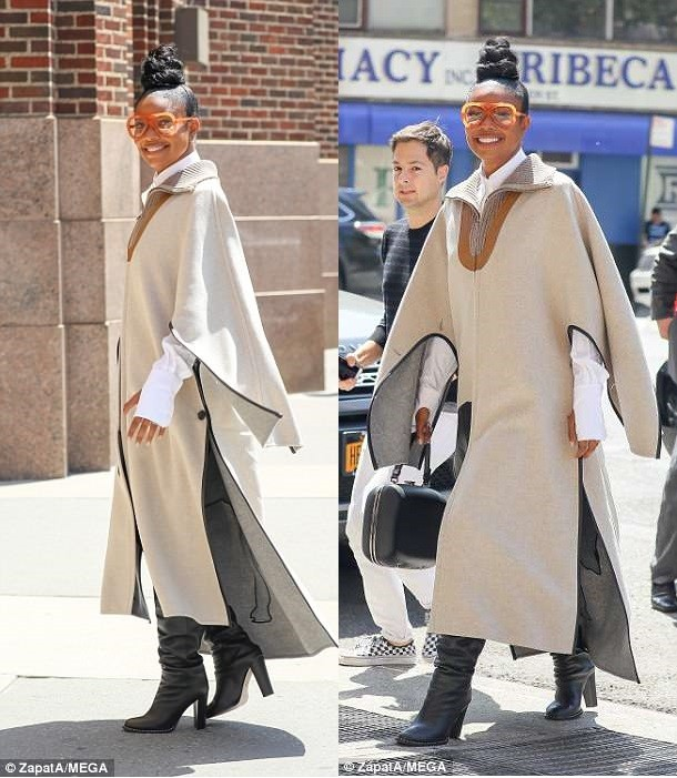 Gabrielle Union steps out in NYC looking really fashionable (Photos)