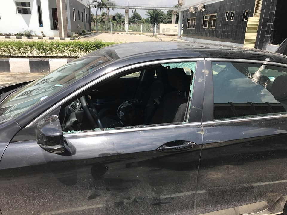 Photos: Gunmen attack Rivers high court,kill 2 and destroy properties worth millions of Naira