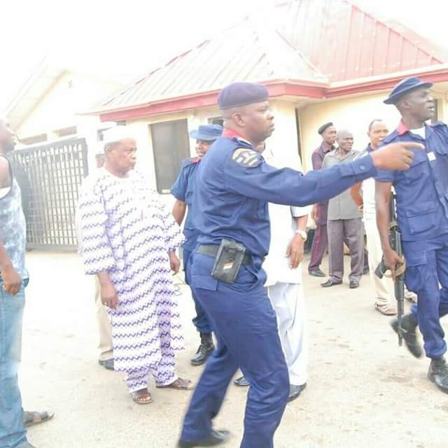 NSCDC arrests illegal private guards in Osun State (photos)