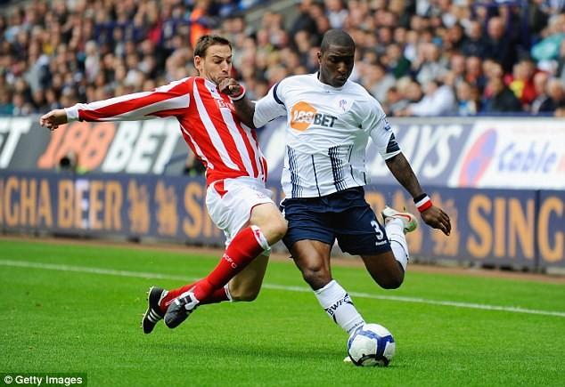 Former Bolton, Aston Villa and England U21 defender, Jlloyd Samuel, 37, dies in car crash after dropping his children at school