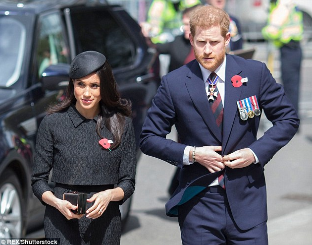 Meghan's dad won't attend wedding because he will have heart surgery today; blames his son for triggering his heart condition with open letter to Prince Harry
