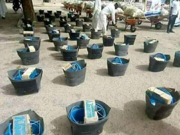 Borno youths jubilate as House of Reps member empowers them with shoe shining kits, bags of oranges, others(photos)