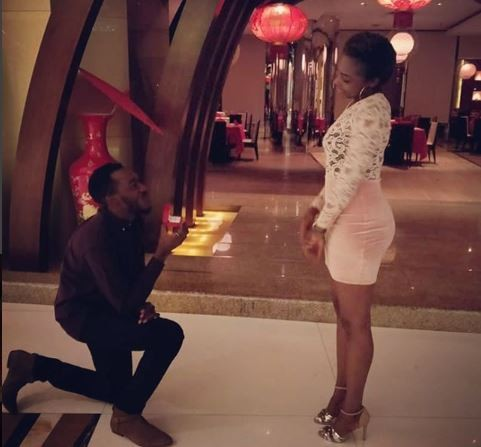 Former EFCC Twitter handler, F-Shaw?proposes to his girlfriend (Photos)
