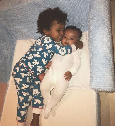 This beautiful photo of Saint West hugging Chicago West should make your heart melt