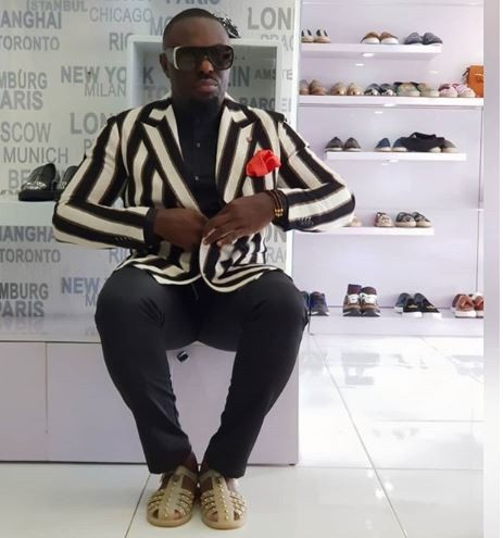 Nollywood actor, Jim Iyke looks like a bag of money in new photos
