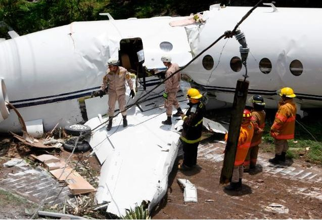 All six people aboard survive as?private jet crashed off the runway and split in two when it landed at Toncontin?Airport,?Honduras