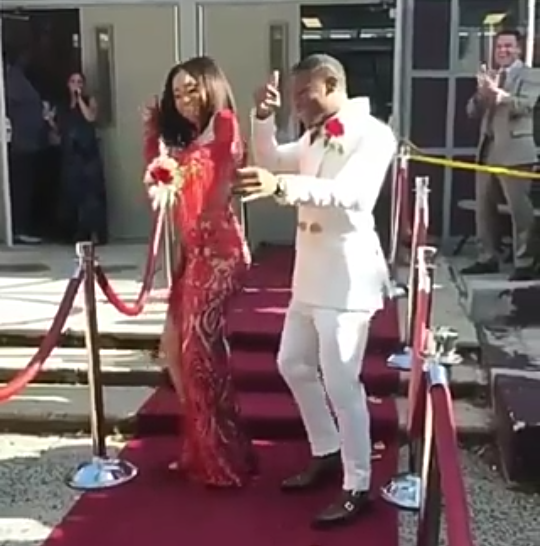 African American couple steal the show at prom by dancing Shaku Shaku, Shoki and other Nigerian dance steps