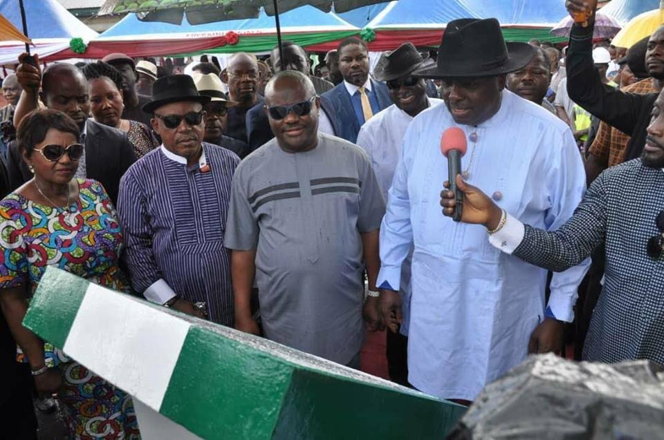 Photos: James Ibori commissions projects in Rivers state