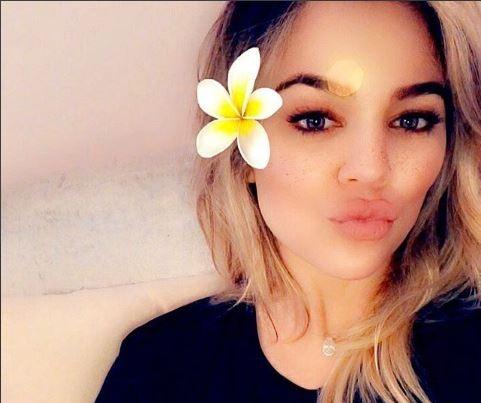 Khloe Kardashian shares new photo of her 5-weeks old baby,?True??