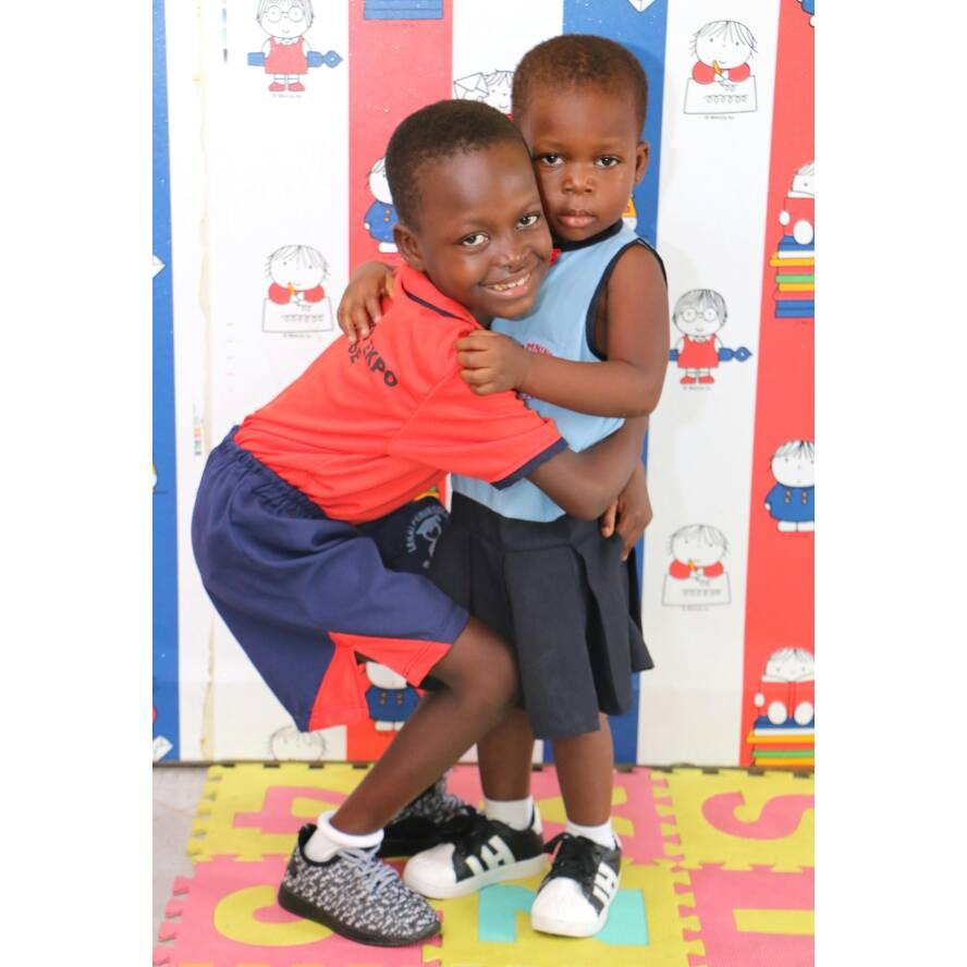 Achievas entertainment CEO unveil a new charity organization (The Richout Foundation) on children