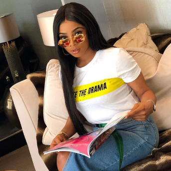 Toke Makinwa appeals to her friends to stop hooking her up with jokers, advises men to please shoot their shot