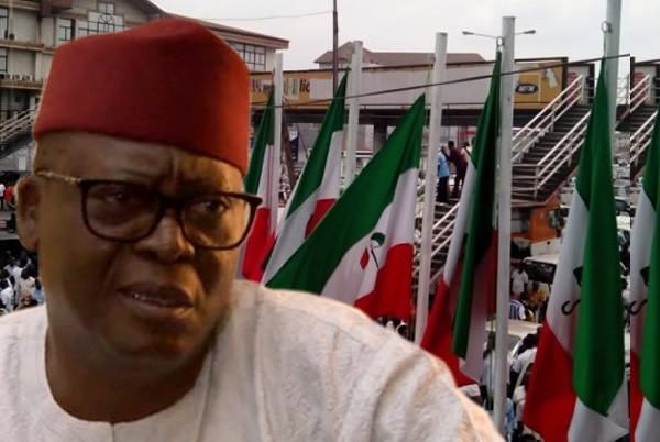 Ex-PDP National publicity secretary, Dayo Adeyeye, defects to APC