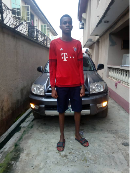 Meet Fortune Ibe believed  to be the tallest 15-year-old in Nigeria