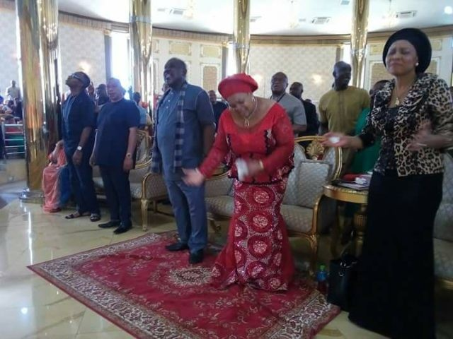 Governor Okorocha anoints worshipers during church service in Imo(photos)