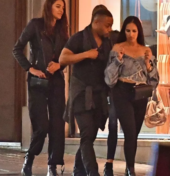 Cuba Gooding Jr. takes home a group of white ladies from the club