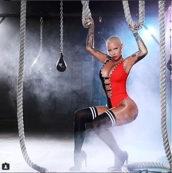 Amber Rose goes topless in racy new photo