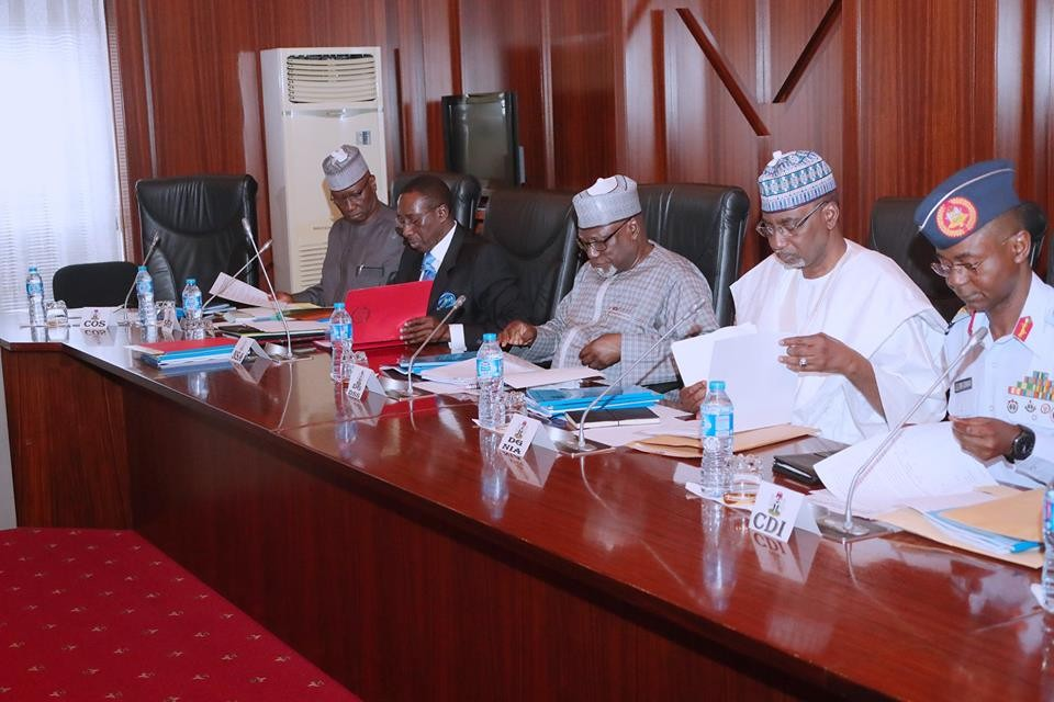 Photos: President Buhari holds meeting with security chiefs at the state house