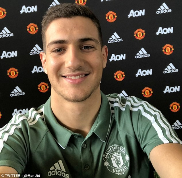 Man United signs Diogo Dalot for ?17.4m from Porto?