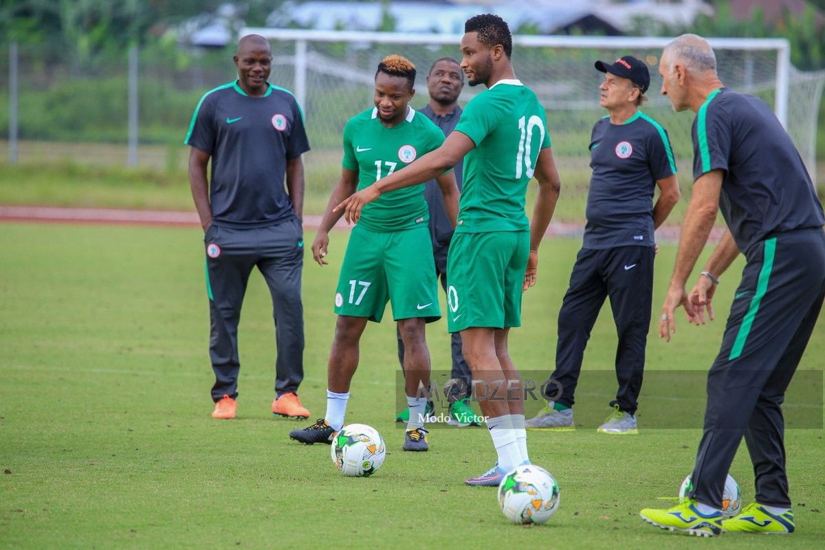 Here is what Onazi Ogenyi had to say on his alleged rift with Mikel Obi over leadership tussle in Super Eagles