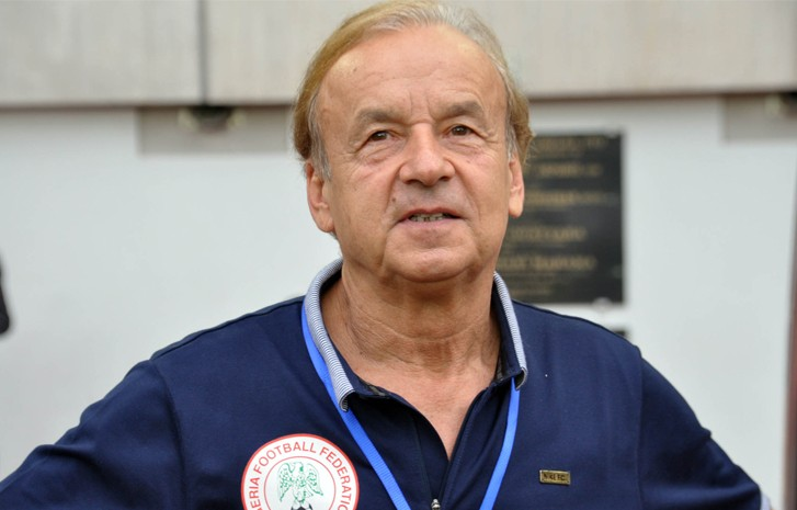 Super Eagles coach Gernot Rohr bans players from eating goat meat & pepper soup (Video)