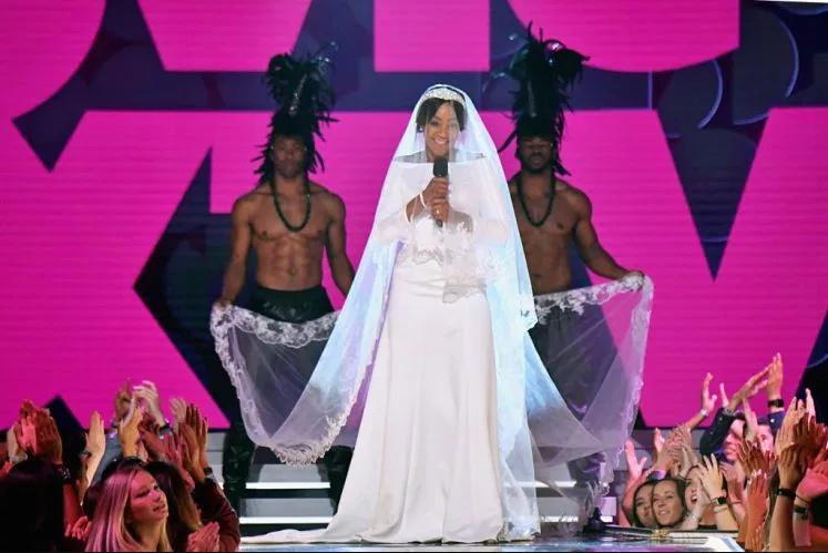 Tiffany Haddish hosts MTV Movie Awards dressed as Meghan Markle on her wedding day