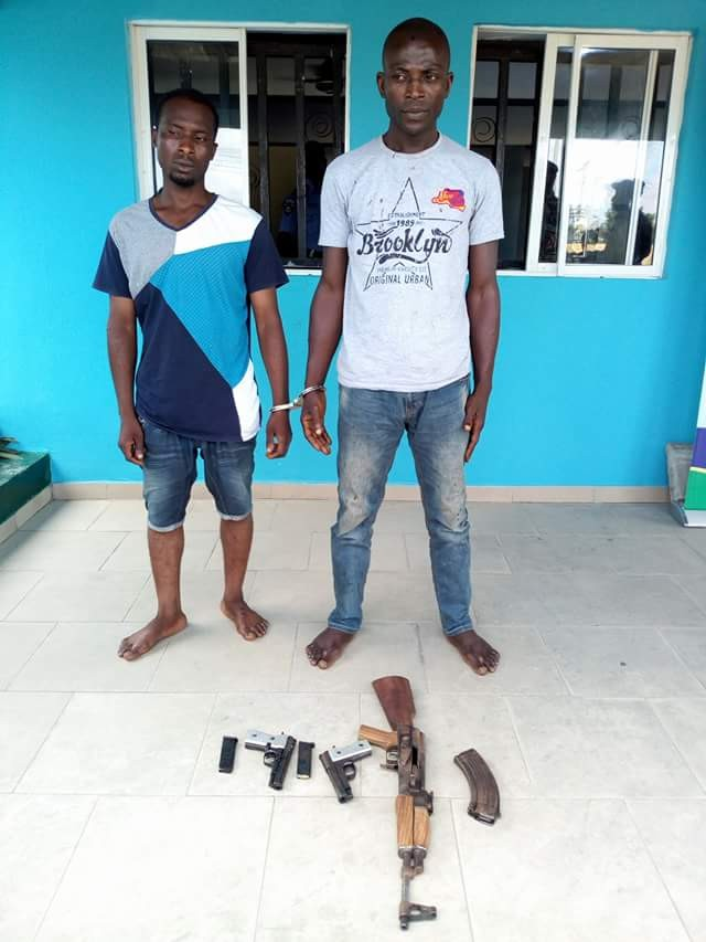 Police arrest notorious gunrunner in Bayelsa, recover AK47 rifle and two Barreta pistols