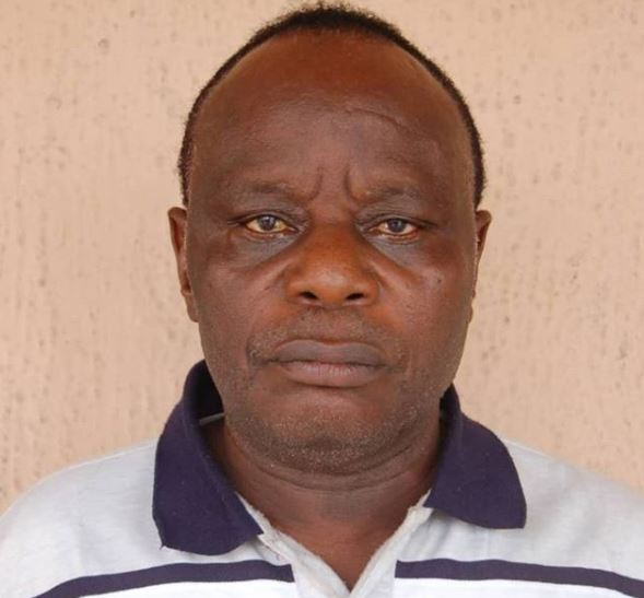 Photo: EFCC arrests elderly man who operates a fake degree - awarding college in Port Harcourt