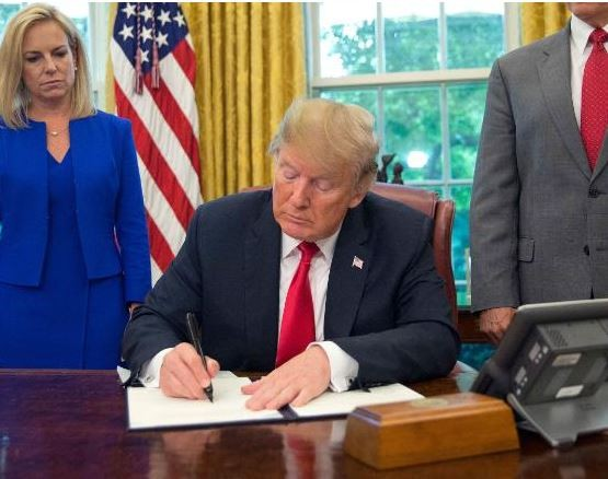 President Trump bows to pressure, signs executive order to stop family separations at the US-Mexico border